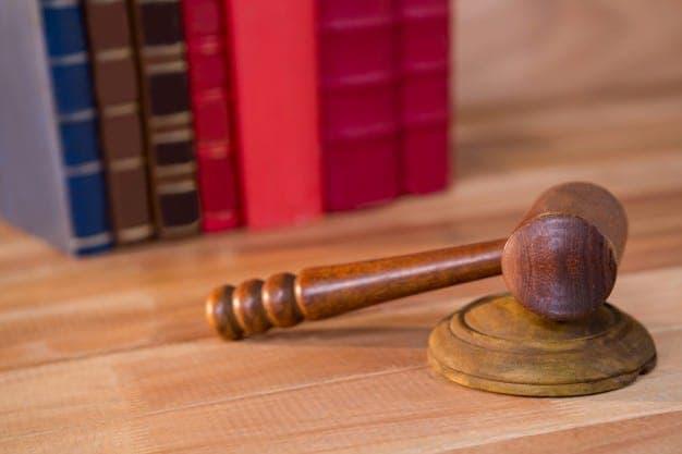 labour lawyers in dubai