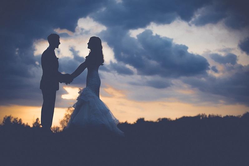 زواج المغتربين في الإمارات