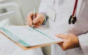 كيفية القيام بالفحص الطبي قبل الزواج