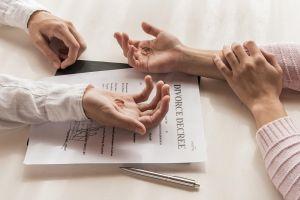 الطلاق والنفقة
