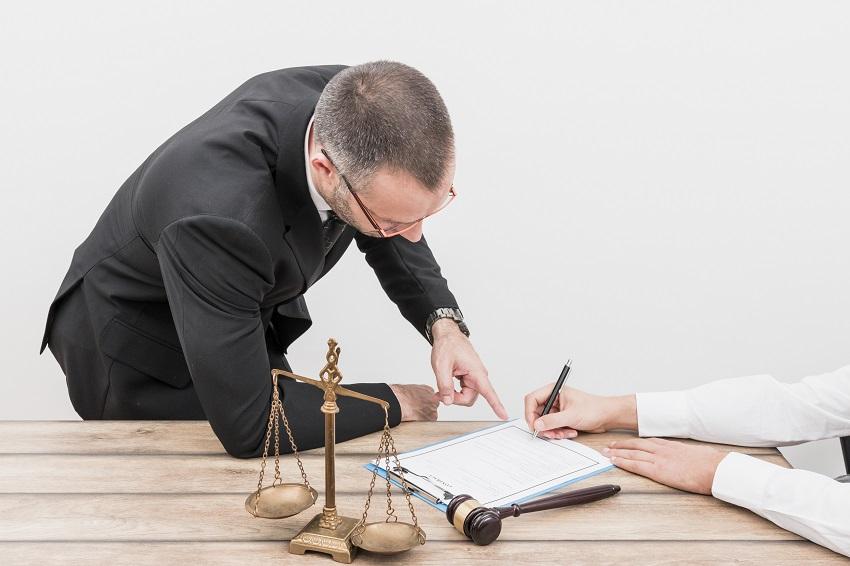 Company Lawyer - محامي الشركات