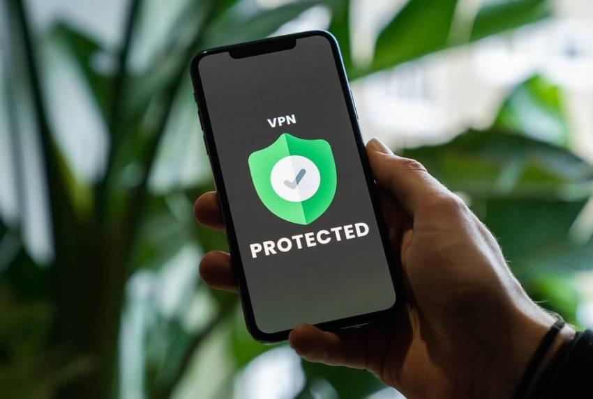 عقوبة استخدام VPN في الامارات