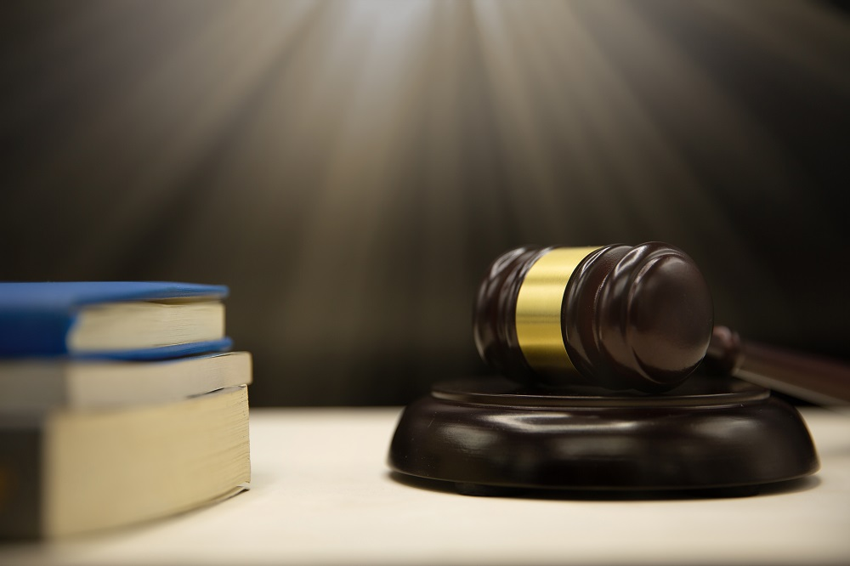 محاكم ابوظبي - محاكم دبي